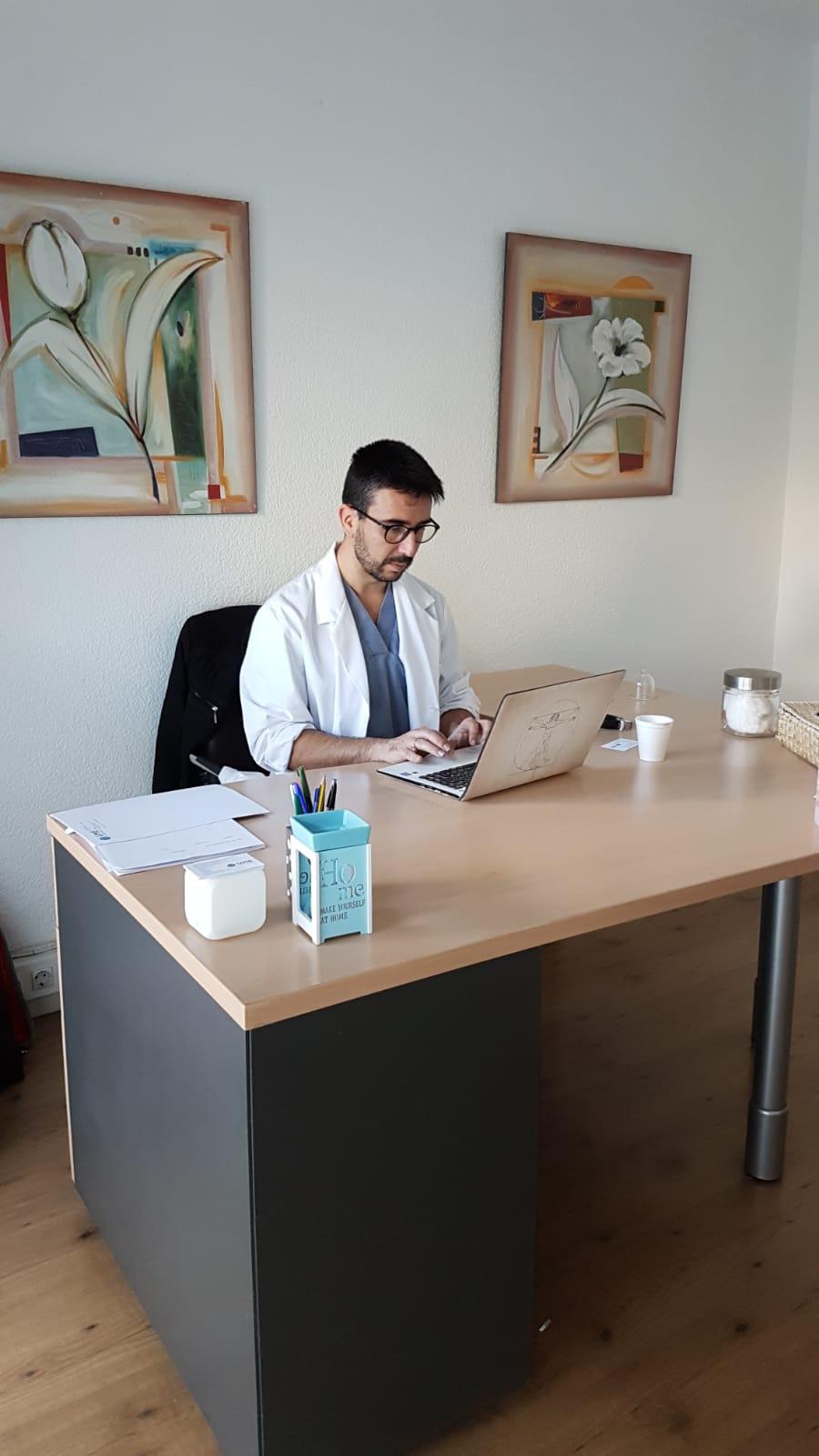 Nuestro servicio de salud integral aúna uno de los pocos servicios en  Alicante que integra en el mismo especialista diversas técnicas que  permiten una ... 0a8f350744f8