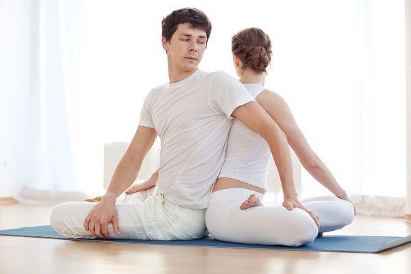 Yoga en pareja en Alicante